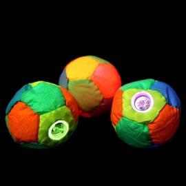 Svítící šitý míček/footbag...