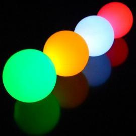 LED Svítící žonglovací míček Oddballs